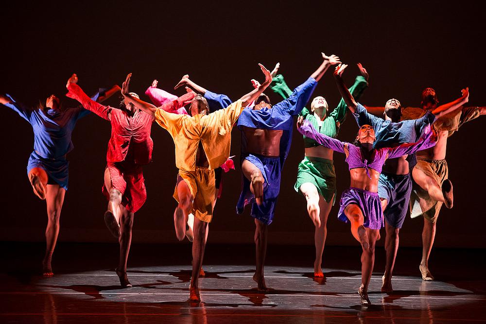 "DaytonContemporary Dance Company in ""Shed"" by Kiesha Lalama, 2013, photo by Jeff Sabo"